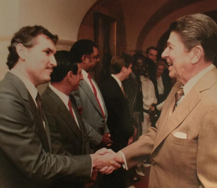 Historian, New York Times Best Selling Author, Doug Wead, shakes hands, with President Reagan